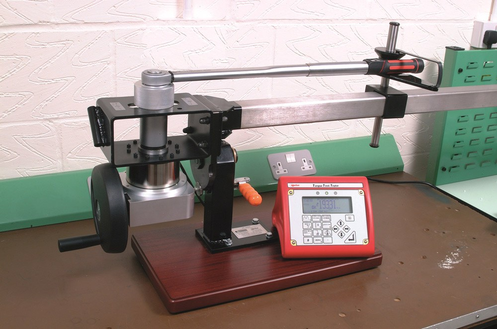 Iso 1500 Torque Wrench Calibration Loader 01
