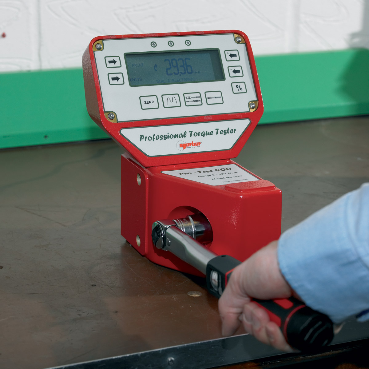 Norbar-Professional-Torque-Tester-01